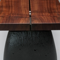 aggregate bench-claro walnut-detail